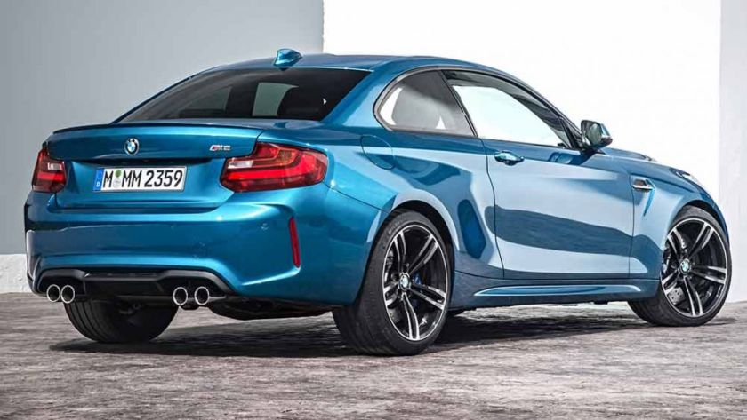 BMW M2 parte trasera