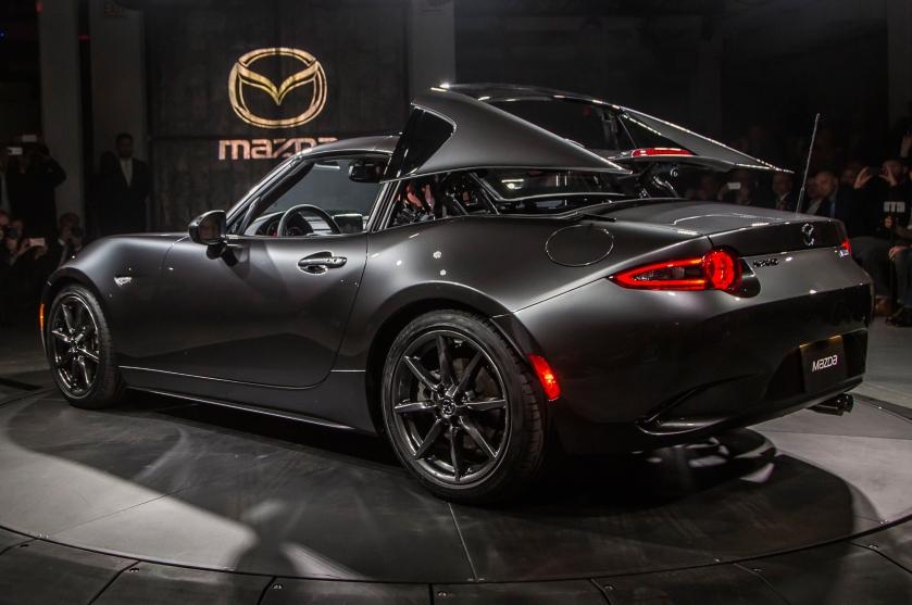 Mazda mx-5 RF apertura de capota