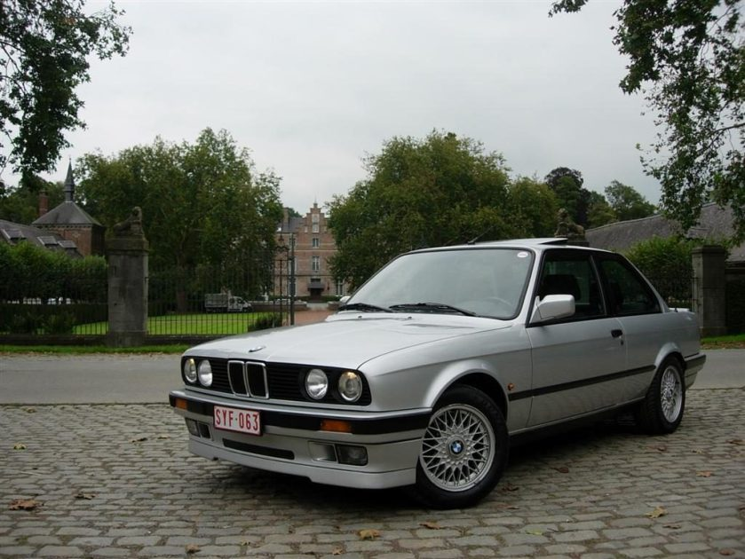 BMW 318 is e30 frontal