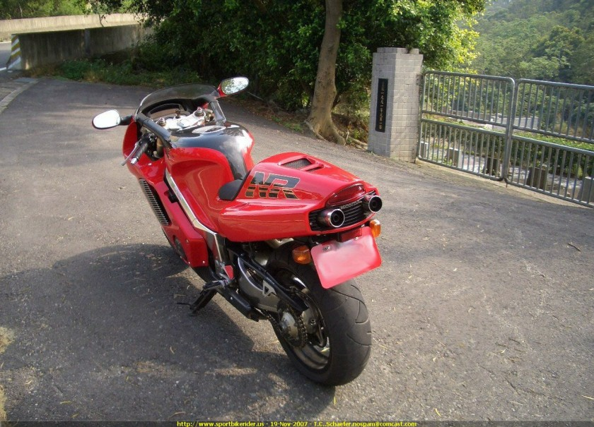 Honda nr 750 doble salida de escape