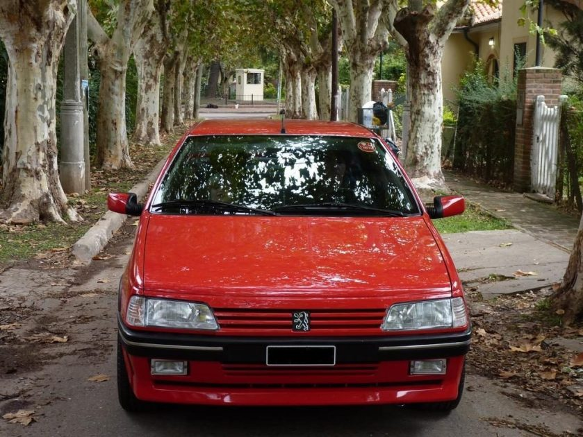 Peugeot 405 T16 frontal