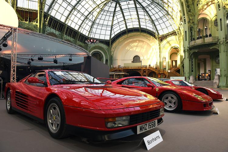 Ferrari Testarossa en exposición