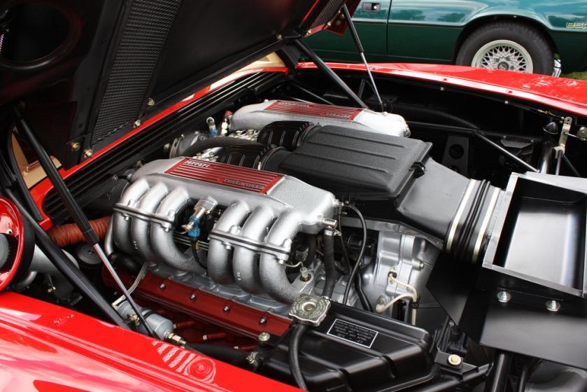 Ferrari Testarossa bloque motor