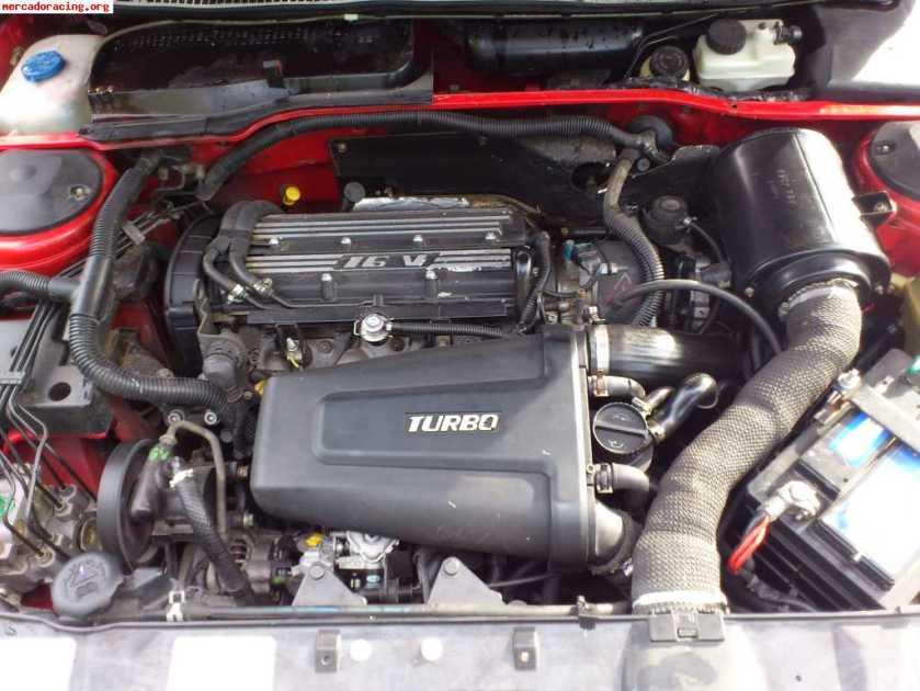 Peugeot 405 T16 motor
