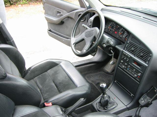 Peugeot 405 T16 habitáculo