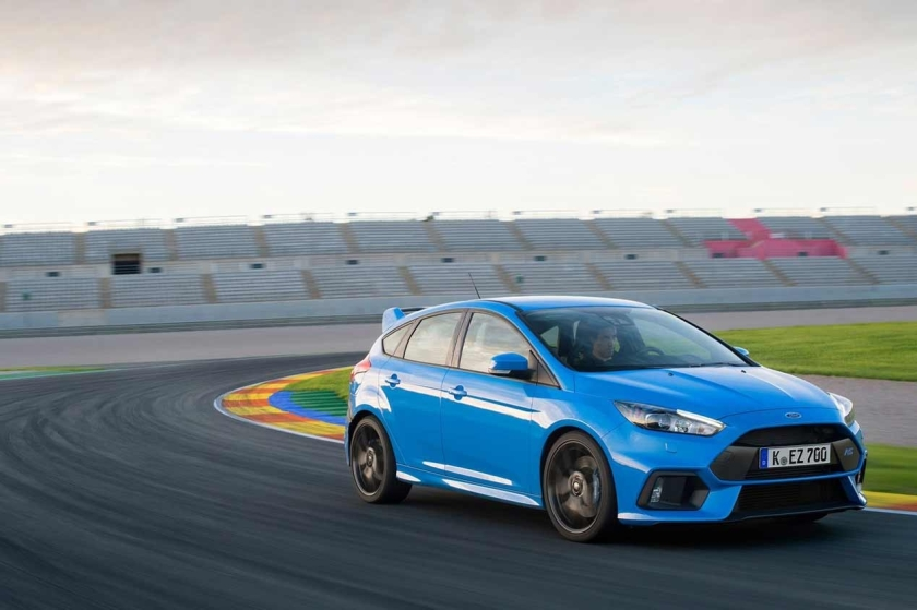 Ford focus rs 2016 en circuito