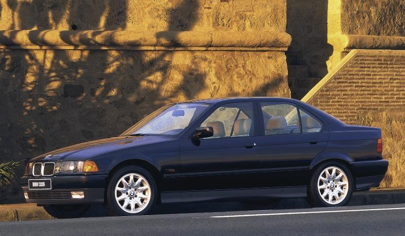 BMW serie tres e36 berlina 1