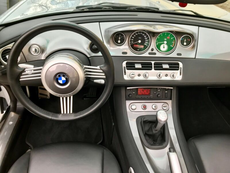 BMW Z8 puesto de mando