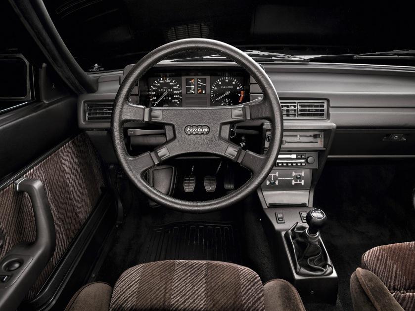 Audi quattro salpicadero
