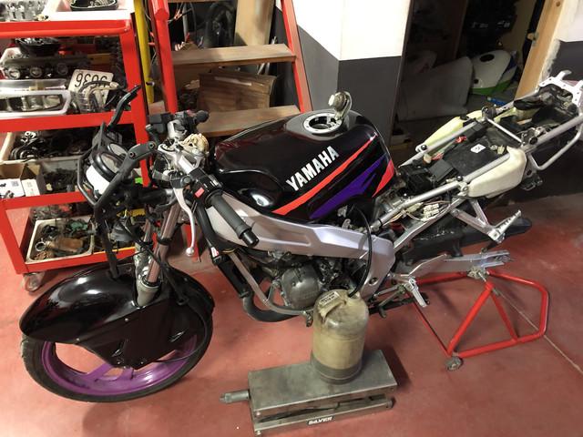 Yamaha TZR 80 RR restaurando laadolescencia