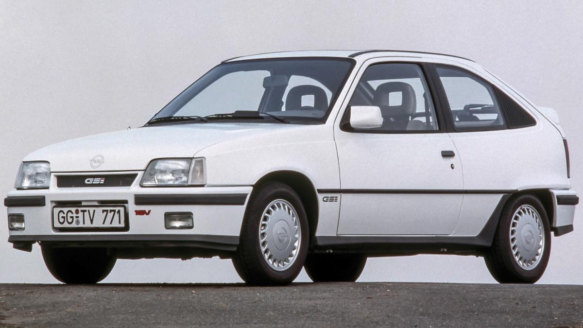 Opel Kadett GSi leyendaviva
