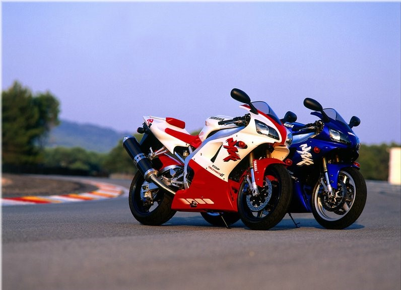 Yamaha R1 1998 (imagen del construstor)